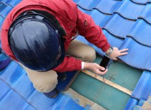 カメラで屋根の状態を記録
