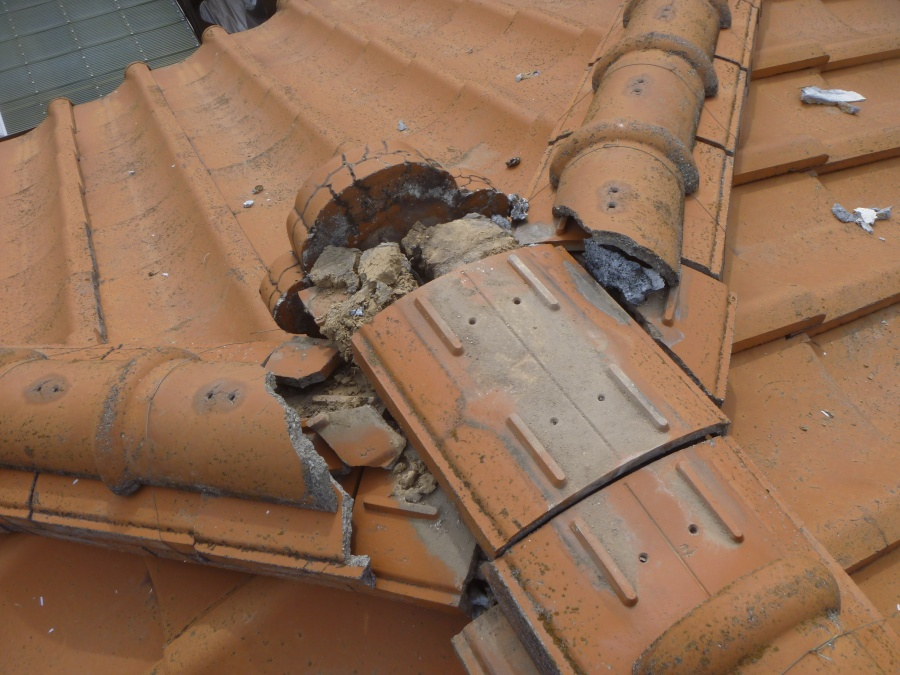 上尾市にて【雨漏り】のため日本瓦の漆喰補修工事を行いました