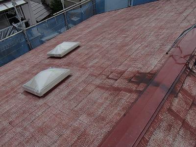 屋根を高圧洗浄しました