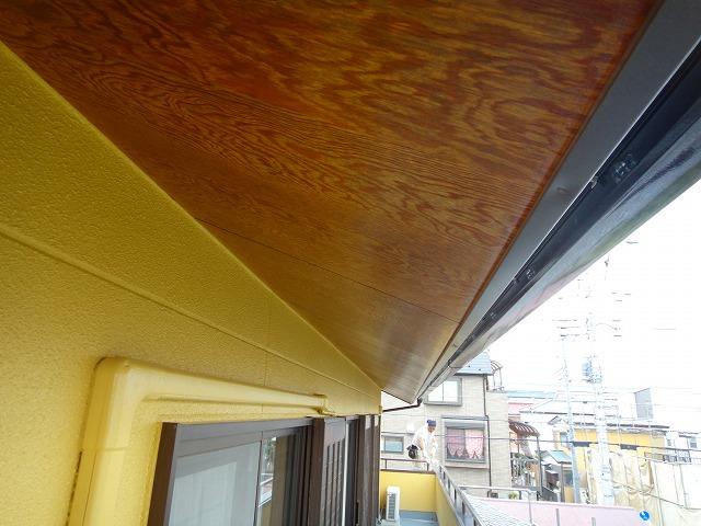 軒天木部の塗装完了