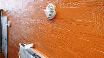 外壁の中塗り完了写真です