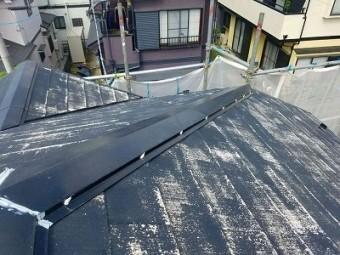 埼玉県上尾市、外壁塗装、屋根塗装、ネジ頭のコーキング後