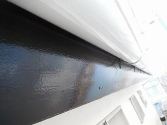 破風も樋も塗装しました