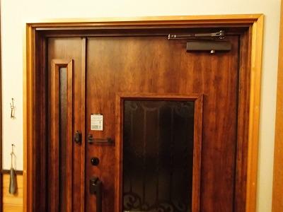 内側から見たドア