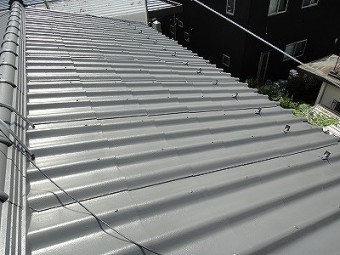 屋根塗装行いました