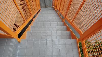階段床面塗装後