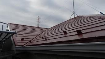 屋根の塗装が完成した