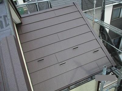 さいたま市大宮区でスレート屋根補修と【カバー工法】を行いました。