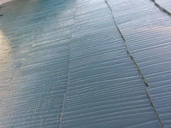 屋根の塗装を行いました