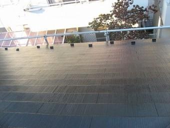 この屋根スレートやね!