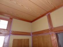 内壁塗装中