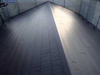 屋根葺き替え後の新しい屋根