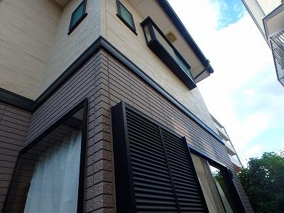 さいたま市大宮区で瓦屋根の塗装をおこないました。