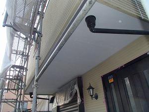 軒天部分の交換塗装が完了