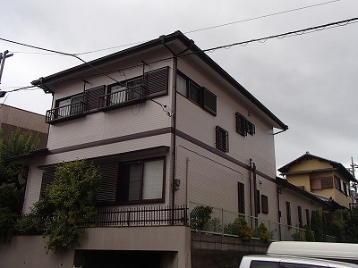 屋根の塗装会社、街の屋根やさん