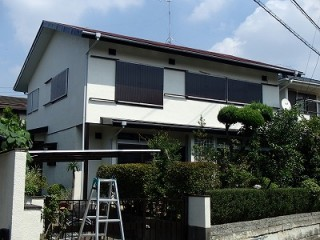 塗装完工後の家全景です