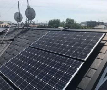 太陽光パネルの写真